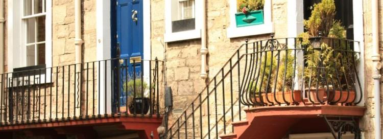Bytový dům - schody