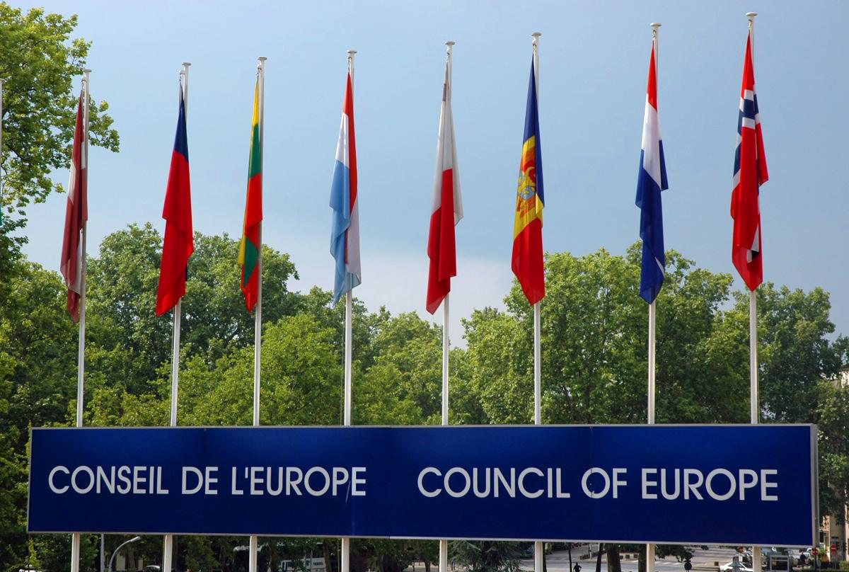 Evropané se do bank pro úvěry nehrnou. S výjimkou Polska