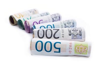 Ruličky peněz - eura - EUR - bankovky - peníze