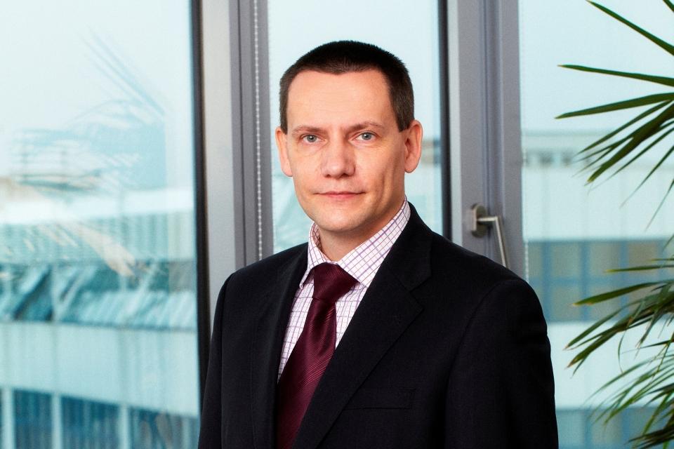 Tomáš Halla - Wüstenrot hypoteční banka