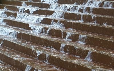 Stoletá voda nechodí jednou za sto let...