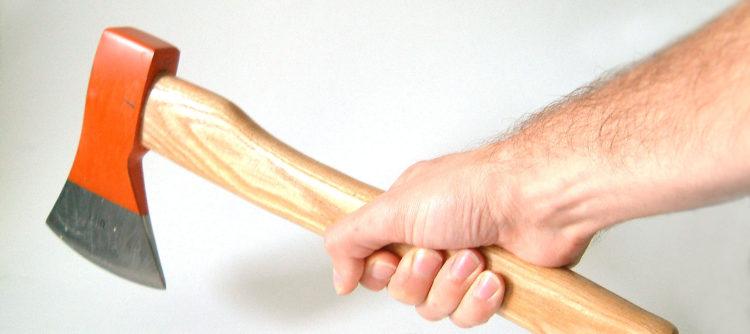 sekera s rukou