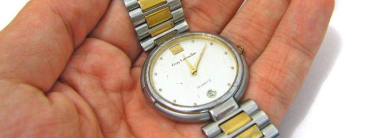 Náramkové hodinky - dlaň - ruka